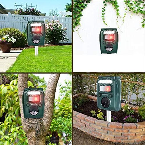 Wikoo Powered Cable Charging Pest Outdoor Repellent Motion Activated Dogs,Cats,Squirrels and more